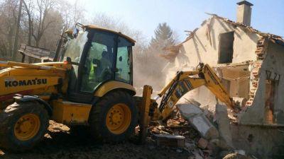Събаряне на сгради - Изображение 2